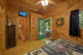 2 Bedrom Cabin with a TV in each Bedroom