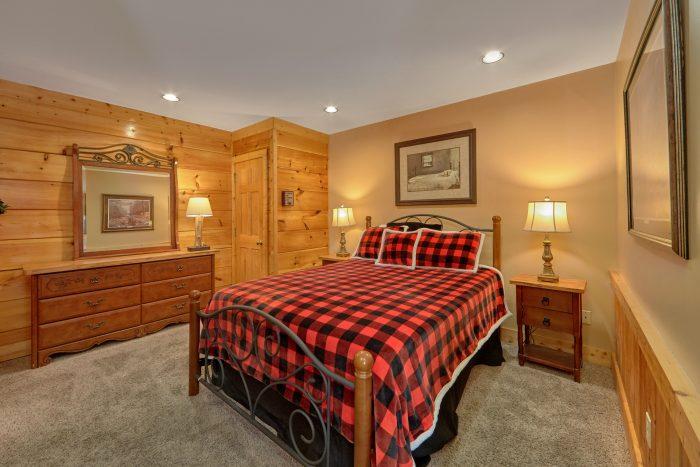 Big Bear Resort 2 Bedroom Cabin - Growly Bear