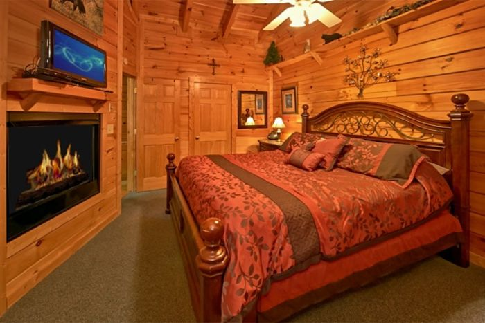 Wears Valley 1 Bedroom Cabin with King Suite - Heart to Heart
