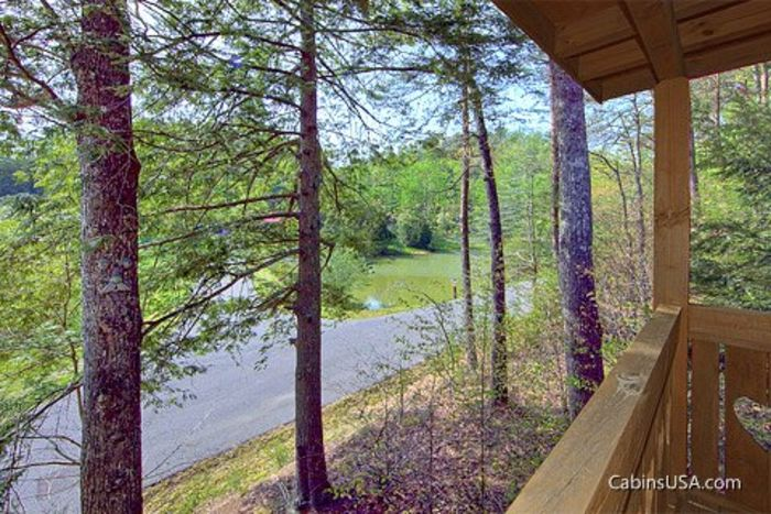 1 Bedroom Pigeon Forge Cabin in the Smokies - Heart to Heart