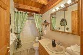 5 Bedroom Cabin with Main Level Full Bathroom