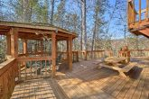 Rustic 5 Bedroom Cabin with Large Outdoor Deck