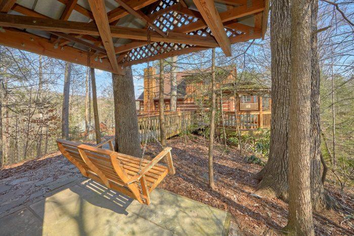 Gatlinburg Cabin with Covered Swing Sleeps 14 - Hearts Desire