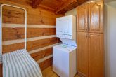 Affordable 5 Bedroom Cabin with Laundry Room