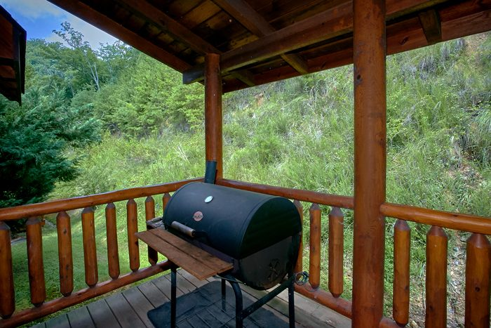 2 Bedroom Cabin with Deck and Grill - Heavenly Haven