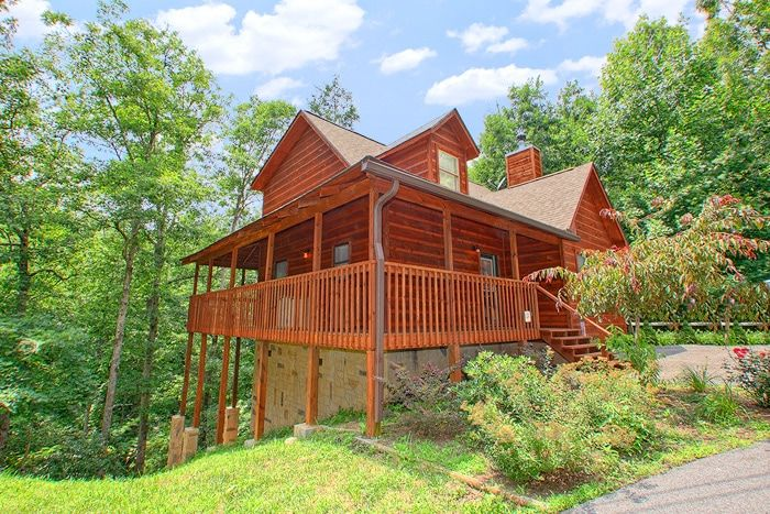 Private bedroom smoky mountains cabin rental