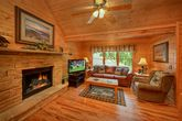 Gatlinburg Cabin Fully Furnished with Fireplace