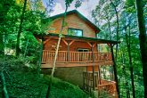 Cabin with Wooded location