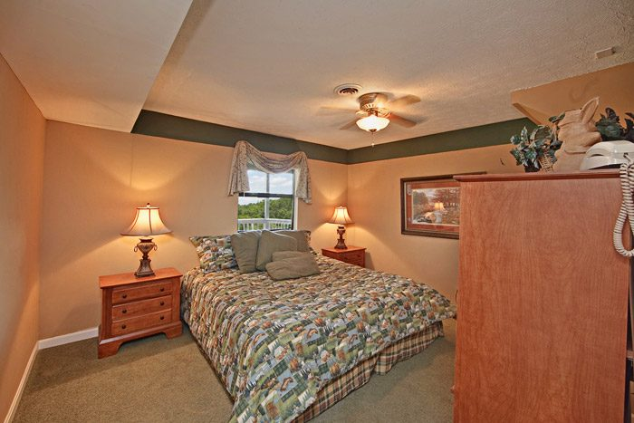 King Size Bedroom in Gatlinburg Cabin - Hidden Peaks
