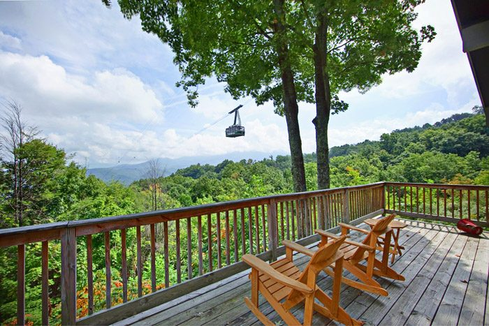 Gatlinburg Cabin with View of Ski Lift - Hidden Peaks