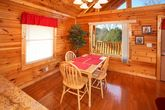 Honey Moon Cabin with a Dining Room Table