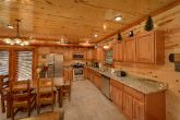 6 Bedroom Cabin with a fully stocked kitchen