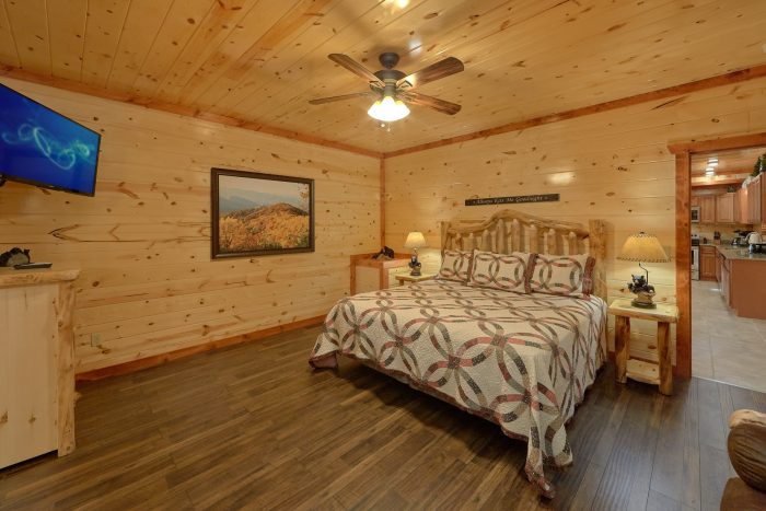 6 Bedroom Cabin with 6 Master Suites - High Dive