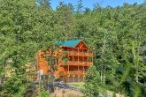 Brand-New 6 Bedroom Cabin with a Private Pool