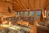 1 Bedroom Cabin with a Furnished Living Room