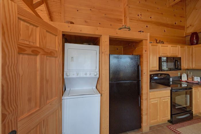 1 Bedroom Cabin with a King Master Bedroom - Higher Ground
