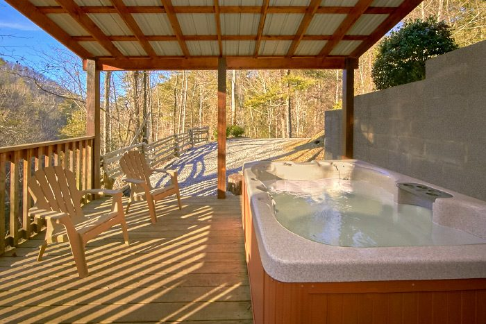 Luxury Cabin with 3 Bedrooms and Private Hot Tub - Hillside Haven