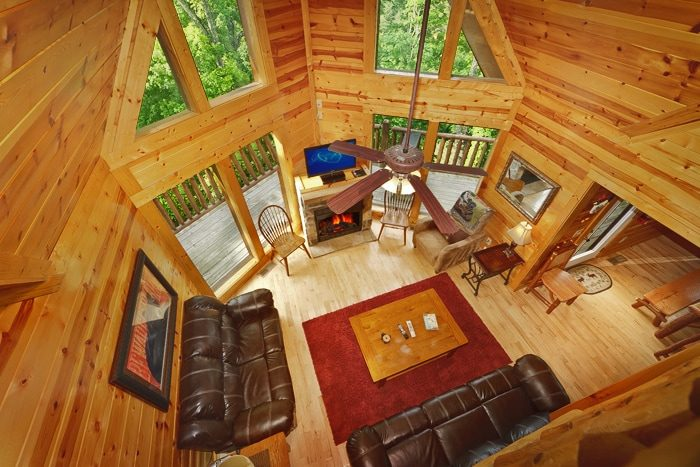 Premium 5 Bedroom Cabin with Flat Screen TV's - Hilltop Hideaway