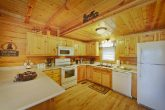 Smoky Mountain Cabin with a Furnished Kitchen