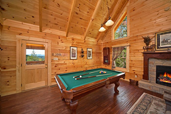 Gatlinburg Cabin Rental Pool Table Hold Yer Horses