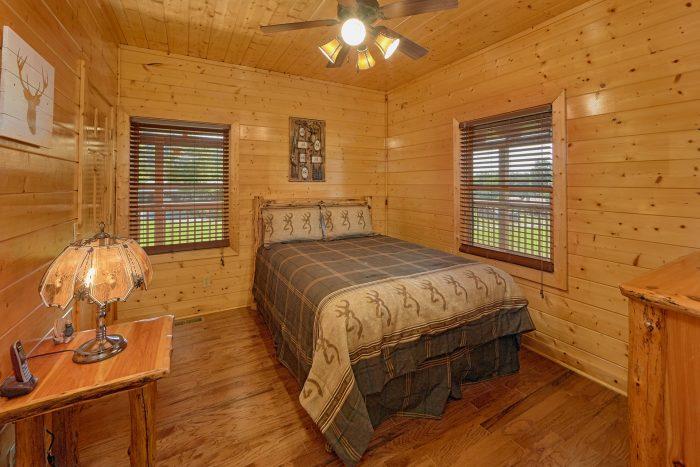 Premium Cabin in Wears valley with 3 bedrooms - Honey Bear