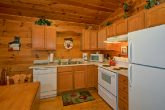 2 Bedroom Cabin with Full Size Kitchen