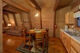 2 Bedroom Cabin with an Eat-In Kitchen
