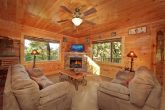 4 Bedroom Cabin with a Furnished Living Room