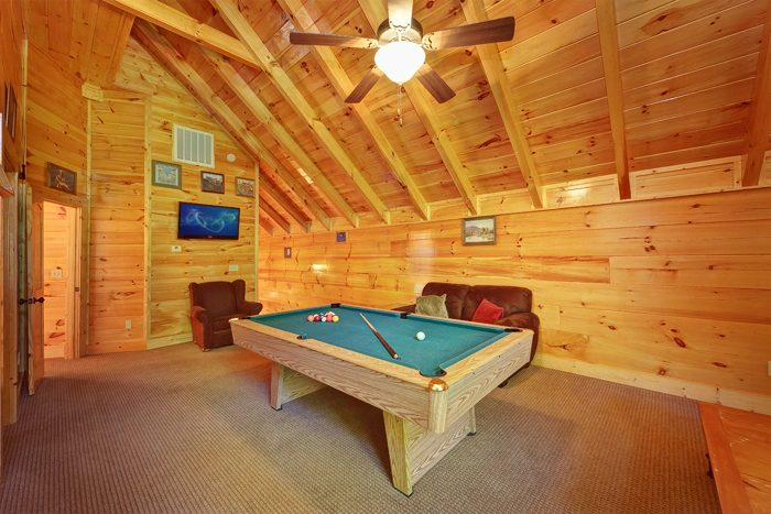 4 Bedroom Cabin with Many Premium Amenities - Hook, Line and Sinker