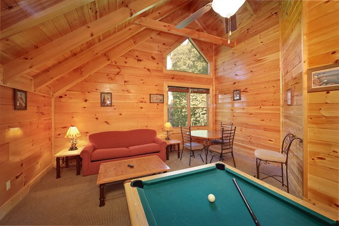 4 Bedroom Cabin with Additional Sleeping for 12 - Hook, Line and Sinker