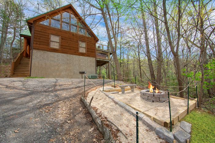 Huggable Hideaway Cabin Rental Photo