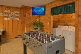 3 Bedroom Cabin Sleeps 8 with Foo's Ball Table
