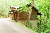 3 Bedroom Cabin Sleeps 8 with Rocking Chairs