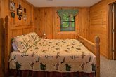 Gatlinburg Cabin Sleep 8, 3 Bedroom