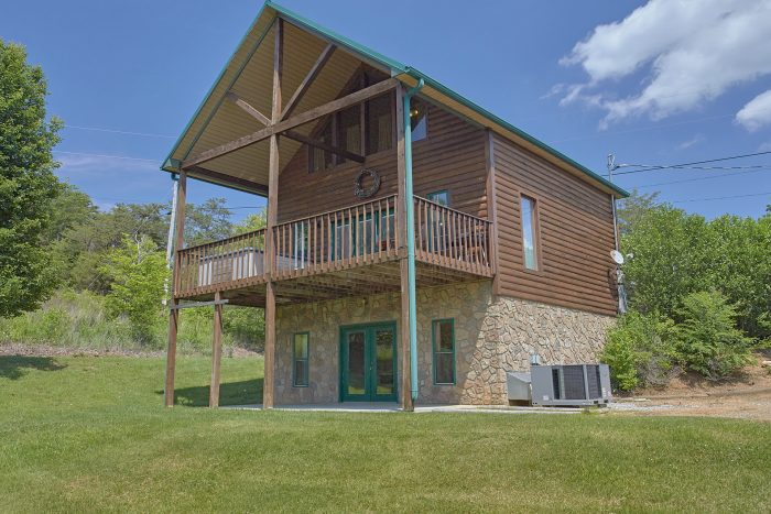 2 Bedroom 3 Story Cabin On The Lake - Ivey's Cove