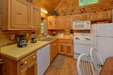 1 Bedroom Cabin Sleeps 6 Fully Equipped Kitchen