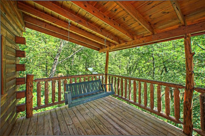 Cabin with Porch Swing in the Smokies - Jungle Boogie