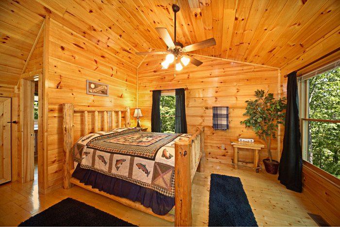 Gatlinburg Cabin with Queen Bedroom in Loft - Just Relax