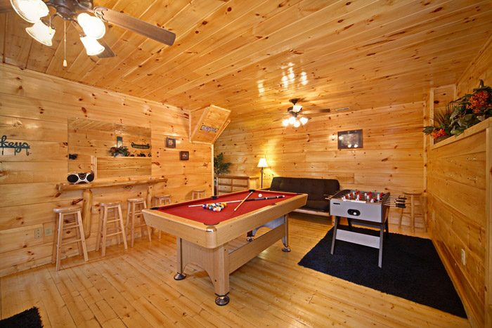 Wonderful Cabin with Pool Table and Amenities - Just Relax