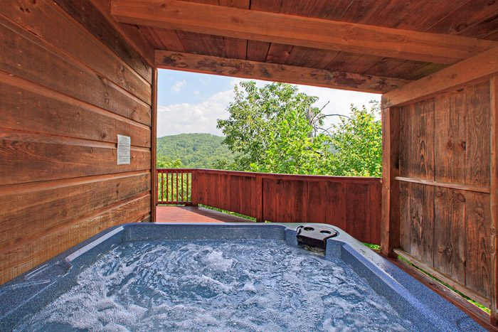 Cabin with Covered Hot Tub - Kayla's Hideaway