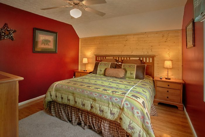 4 Bedroom Cabin with Master Suite and Bath - Kickin Back