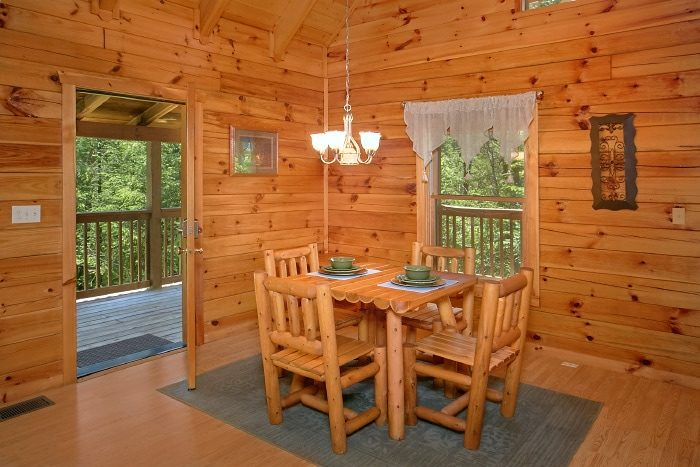 Honeymoon Cabin with Cozy Dining Area - Knotty and Nice