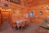 2 Bedroom Smoky Mountain Cabin with Dining Room