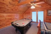 2 Bedroom Cabin with Luxurious Air Hockey Table