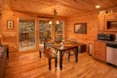 3 Bedroom Cabin with Dining Room and Kitchen