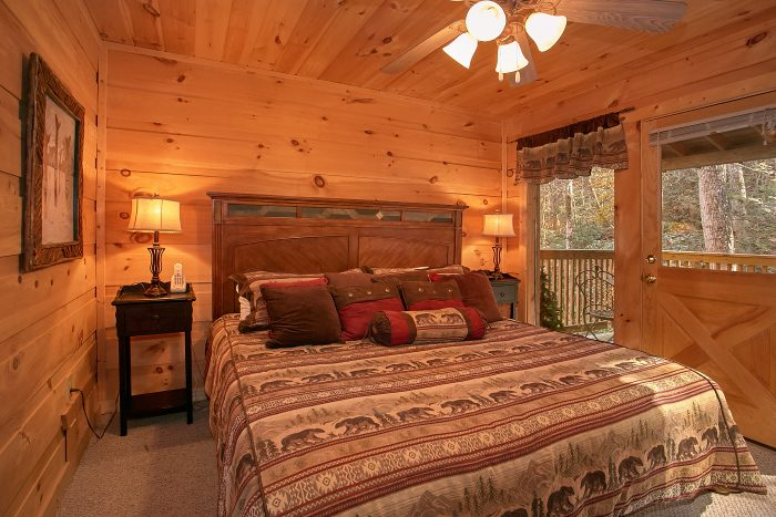 Luxurious 3 Bedroom Cabin with King Bedroom - Laurel Creek