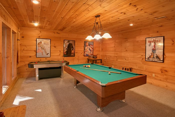 3 Bedroom Cabin with Game Room & Pool Table - Laurel Creek