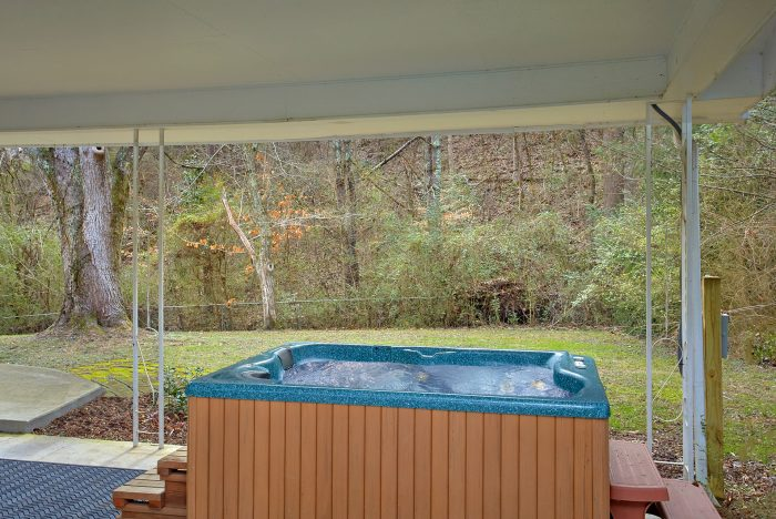 4 Bedroom vacation home with Hot Tub - Lazy Mountain Ranch