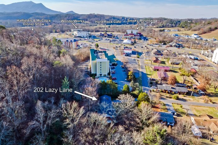 4 Bedroom Rental Home near Hard Rock Cafe - Lazy Mountain Ranch