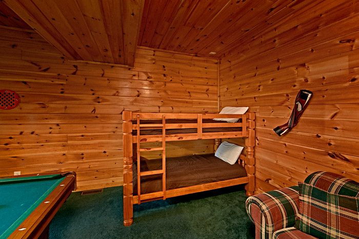 Billiard Room with Twin Beds - Lil Cajun Cabin